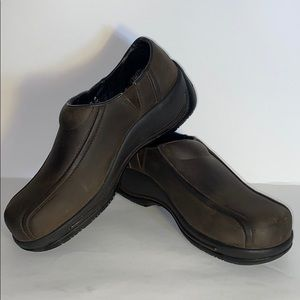 Dansko Leather Professional Clogs Size 8 or 38